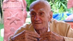 Ariano Suassuna fala de Hiram no documentário Lua Nova do Penar